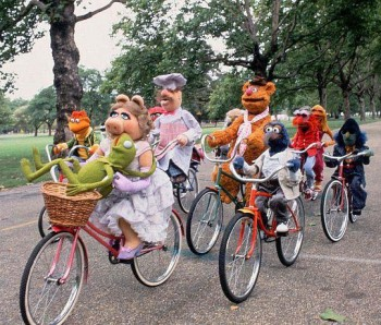 Muppets-Group-Bicycle-Ride-e1346927325409
